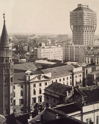The Torre Velasca, L. B. Belgiojoso, E. Peressutti, E. N. Rogers